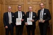 Jürgen Klubertanz (v.l.), Michael Kaiser, Roland Knoll und Rainer Geis (Sprecher) vom Vorstand der Volksbank Raiffeisenbank Bad Kissingen eG